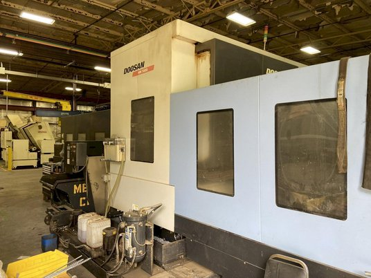 """Image 4 for Doosan Daewoo #HM-1000, CNC horizontal machining center, 90 automatic tool changer, 82.3"""" X, 49.2"""" Y, 49.2"""" Z, 6000 RPM, #50, 35 HP, 4-Axis, Fanuc 31i-MA, chip conveyor, thru spindle coolant, 2011"""