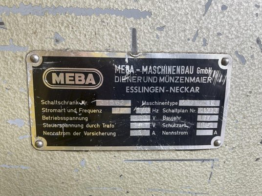 """Image 2 for 10"""" x 10"""" Meba #250A-14, automatic horizontal bandsaw, power infeed, dual vise clamps, conveyor feed"""